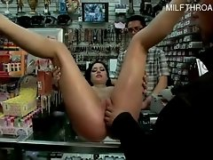 Horny pussy oops creampie