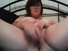 Chubby Gal Nerdy Bates on Webcam -...