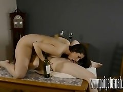 Paige Turnah makes horny lesbian...